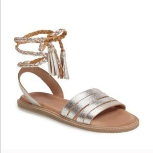Seychelles Botanical Silver Leather Sandals 7.5